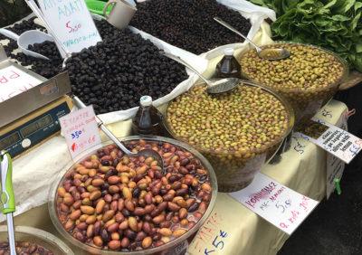 mediterranean-diet-olives